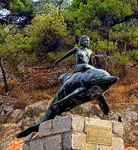 Hydra_Island_Greece_Boy_on_dolphin